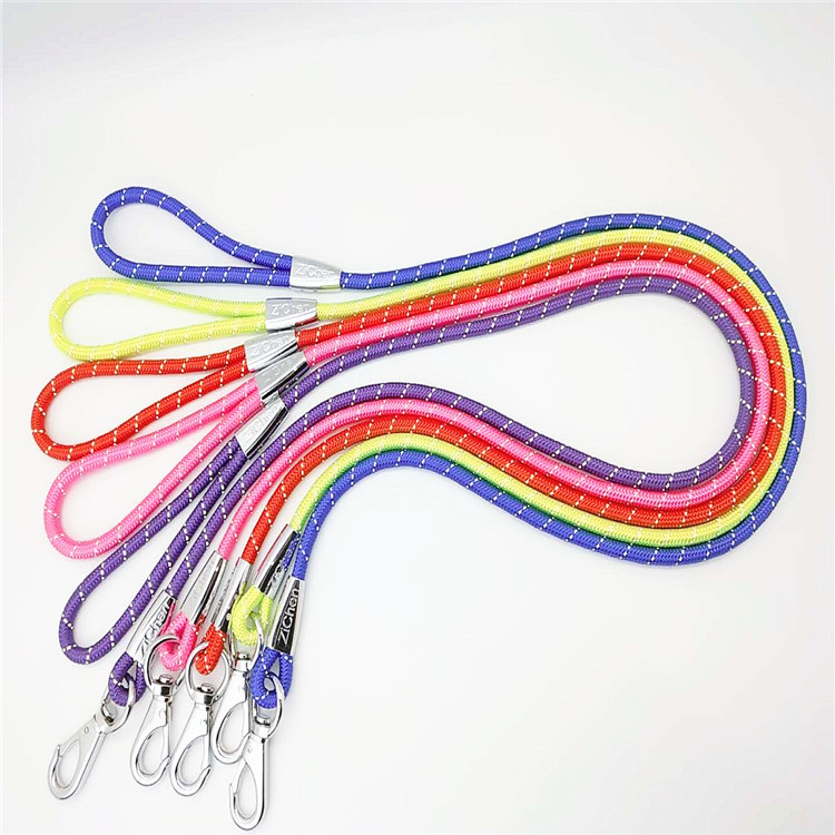 Distraction Love Plain Color Reflective Strips Alloy Pull Buckle Hand Holding Rope Industry Dog Pet Traction Rope