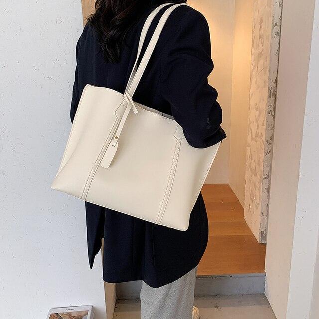 Elegant Womens Hand Bag 2