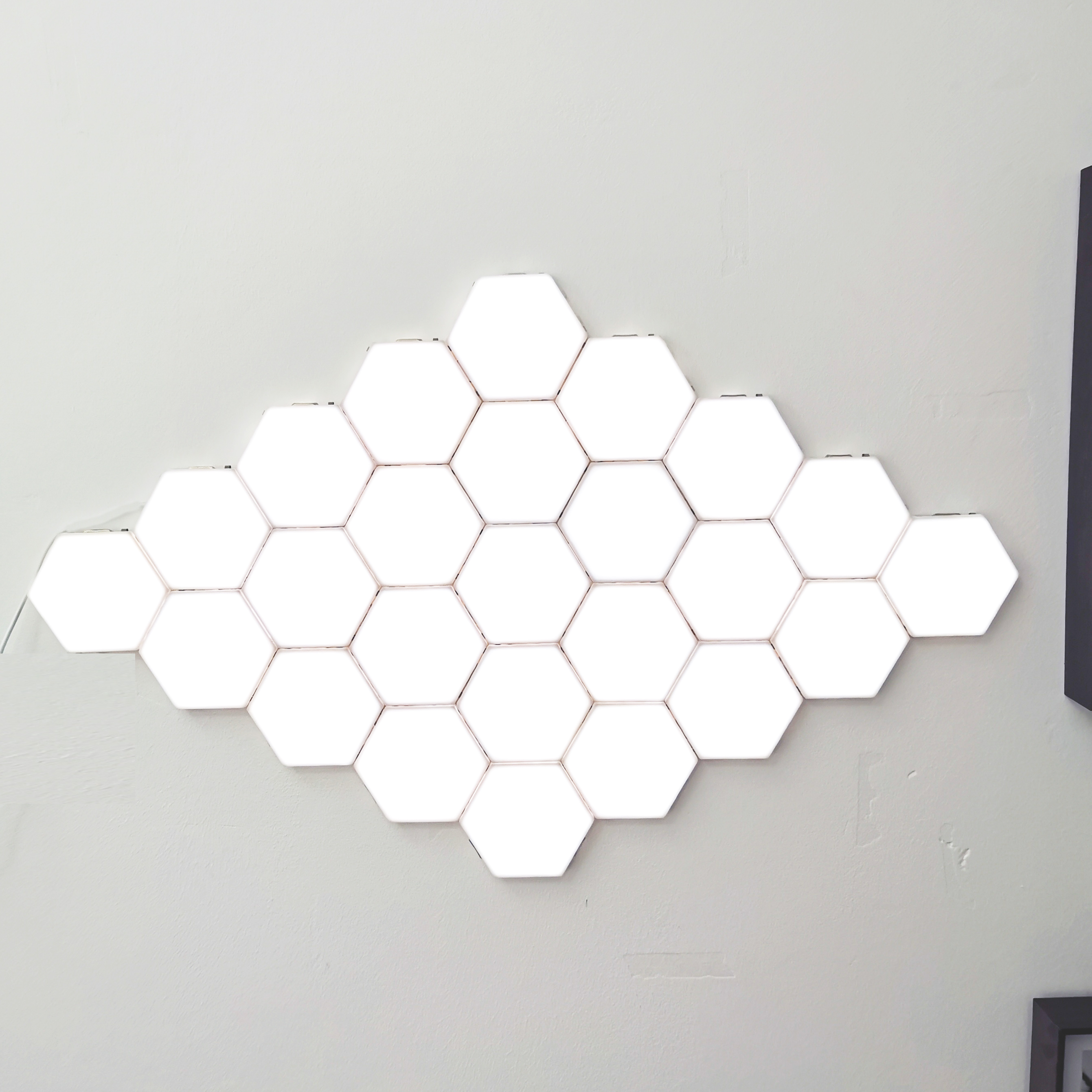 Creative Led Wall Light Modern Art Honeycomb Modular Assembly Helios Touch Wall Lamp Quantum Lamp Magnetic Wall Lights For Home