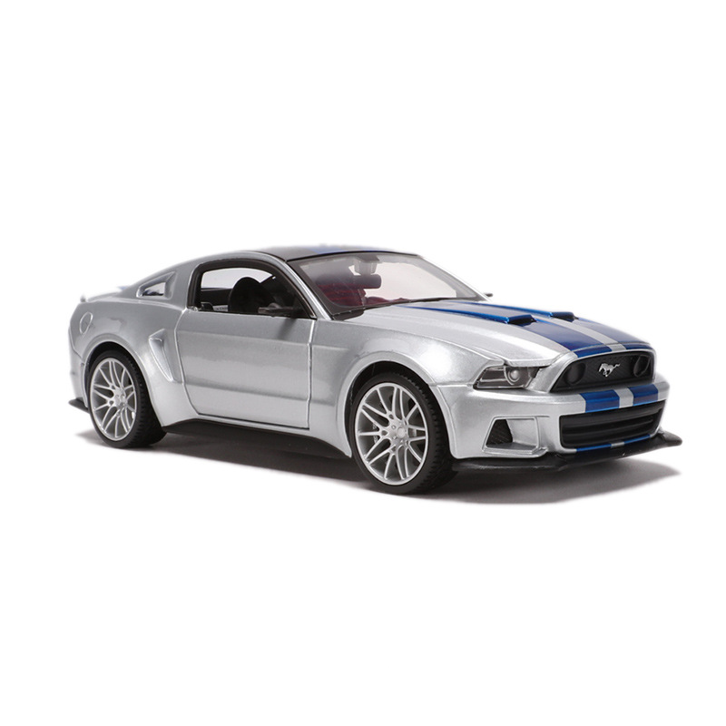 Maisto 1: 24 Ford Mustang Car Model 2014-Mustang GT Model Alloy Models Toy Decoration
