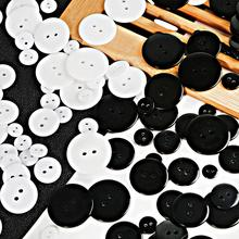 30-100Pcs/Lot Classic Resin White Black Button Decor For Sewing Crafts Clothes Coat DIY Decorative Accessories 8 Sizes 2 Holes