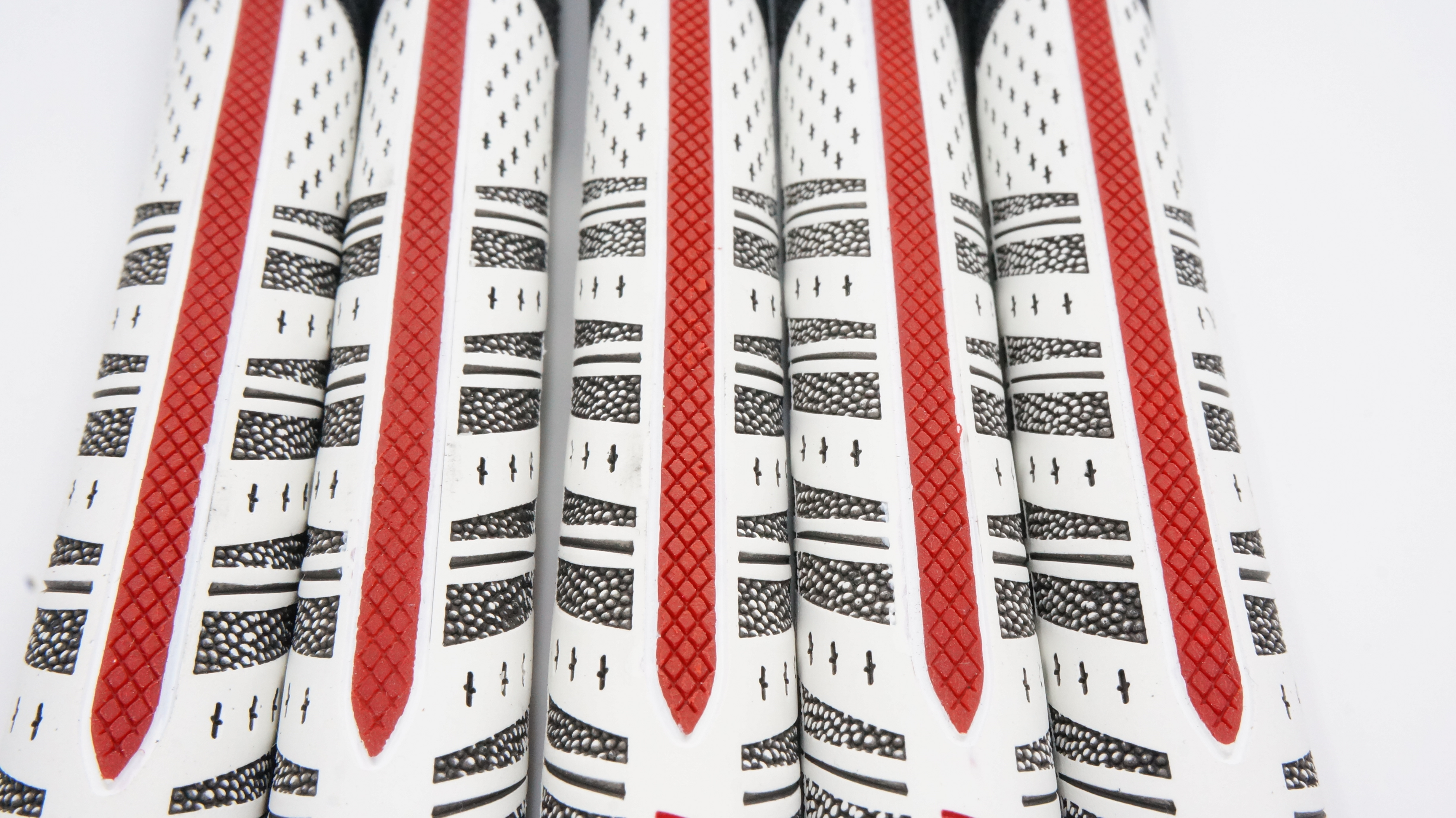 Golf Grips 60X Golf Club Grips Iron And Wood Grips Mc Standard Andmidsize 10pcs/lot  Free Shipping
