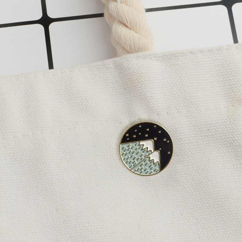 1Pc Forest Moon Star Brooches Moonlight Snow Mountain Brooches Enamel Brooches Clothes Decor Adventure Round Cartoon Badge