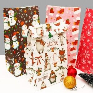 Image 3 - 5 Pcs Sneeuwvlok Vrolijk Kerstfeest Papieren Zak Sneeuwpop Kerstboom Voedsel Cookie Cadeau Verpakking Birthday Party Bag Favor Stand Zakken