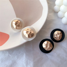 Fashion Vintage Earrings Women 2019 New Statement Big Stud White Black Button Design