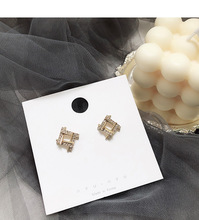 2019 new hollow square earrings female temperament net red French jewelry small ear Korean