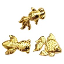 100 шт/упак милые маленькие металлические золотые рыбки УФ смола