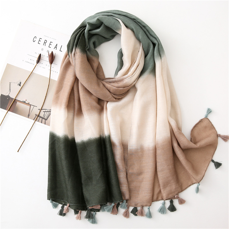 KYQIAO Women Ethnic Green Shading Scarf 2019 Female Winter Mexico Style Vintage Brand Long Tassels Printed Neck Scarf