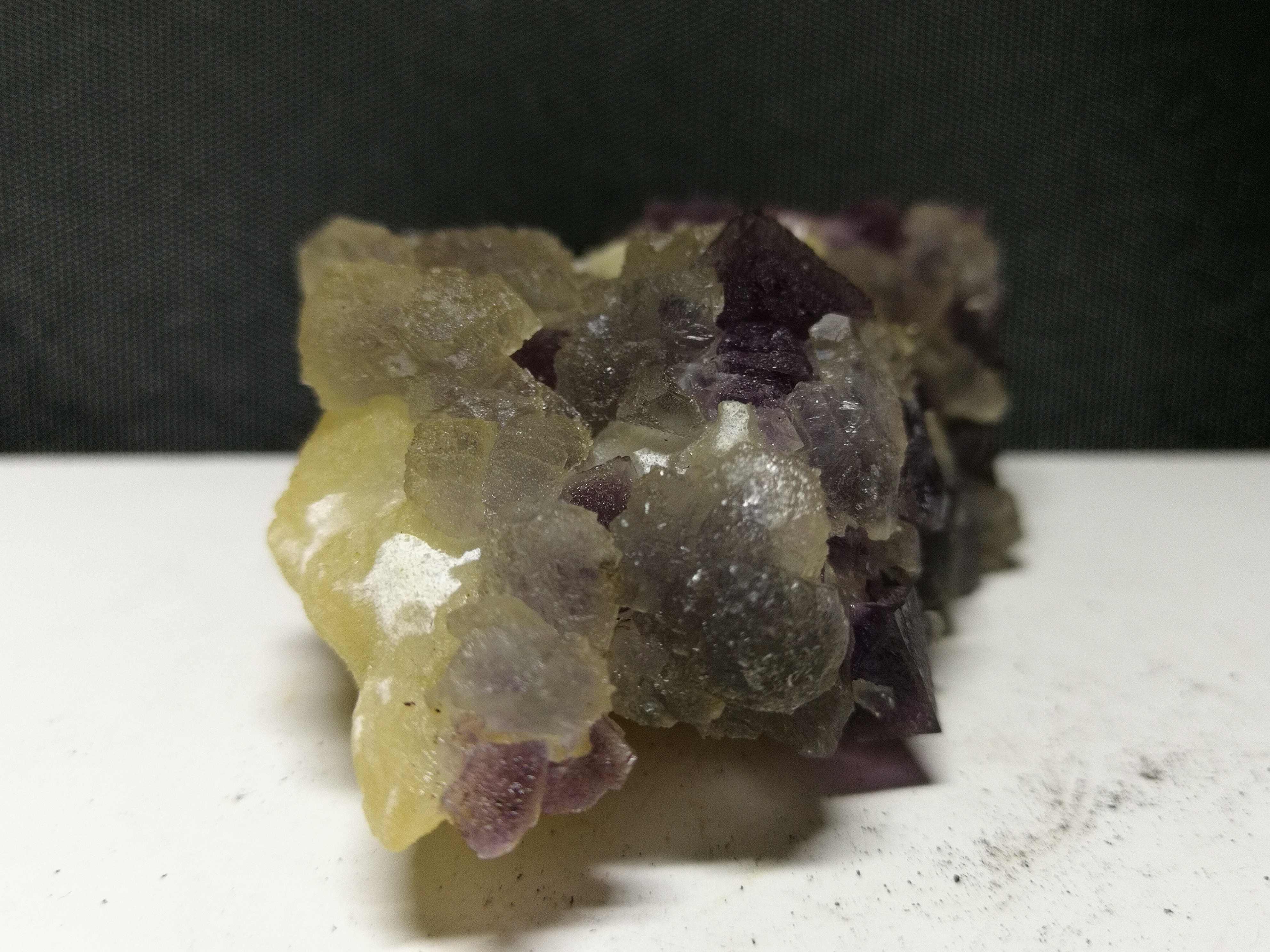 123.5 gnatural roxo fluorite mineral espécime, cristal de quartzo, ornamento da mobília