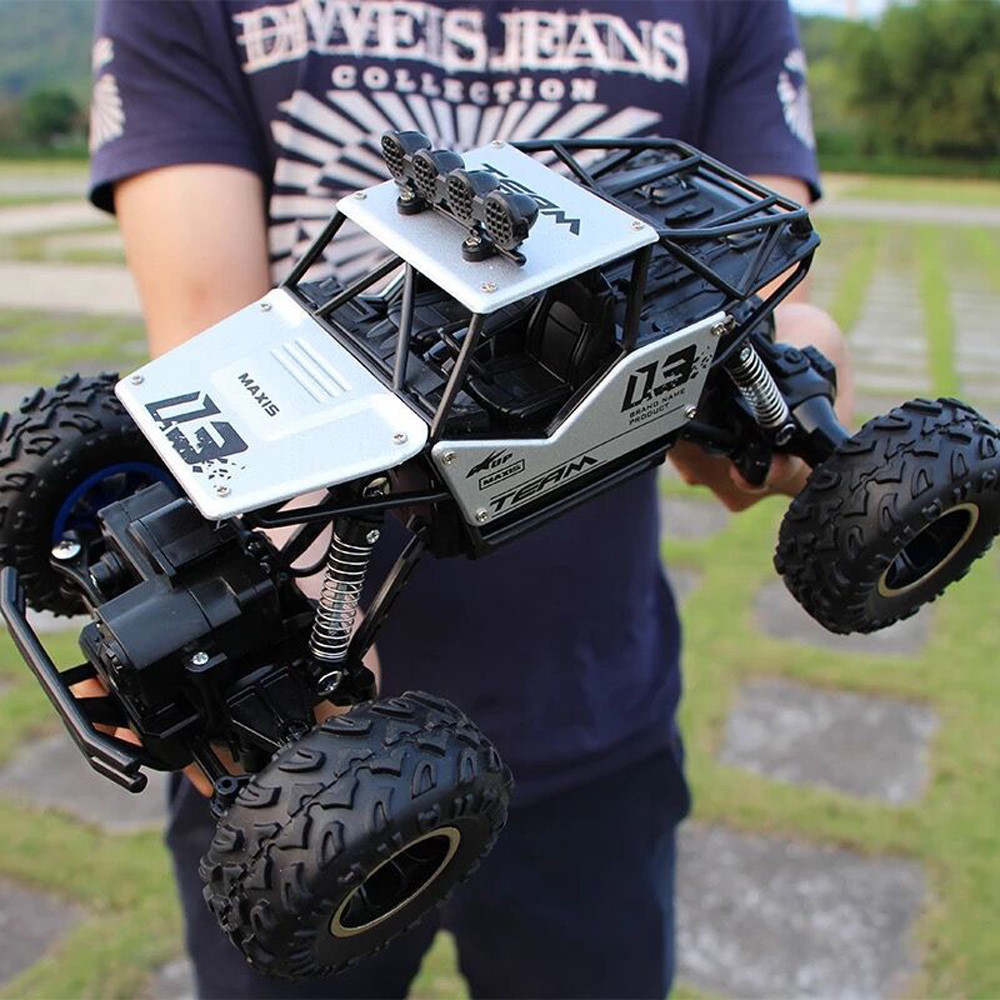 1:18 Giant 4WD RC Cars Alloy Speed 2.4G Radio Control Alloy Off-Road Trucks Toys Hot Sale Safety Children Birthday Gifts Jouet