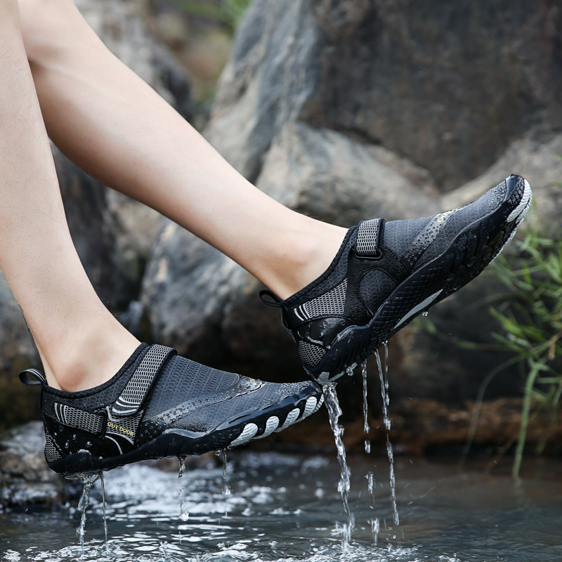 Swimming Shoes Men Women Beach Aqua Shoes Quick Dry Children Barefoot Upstream Hiking Water Shoes For