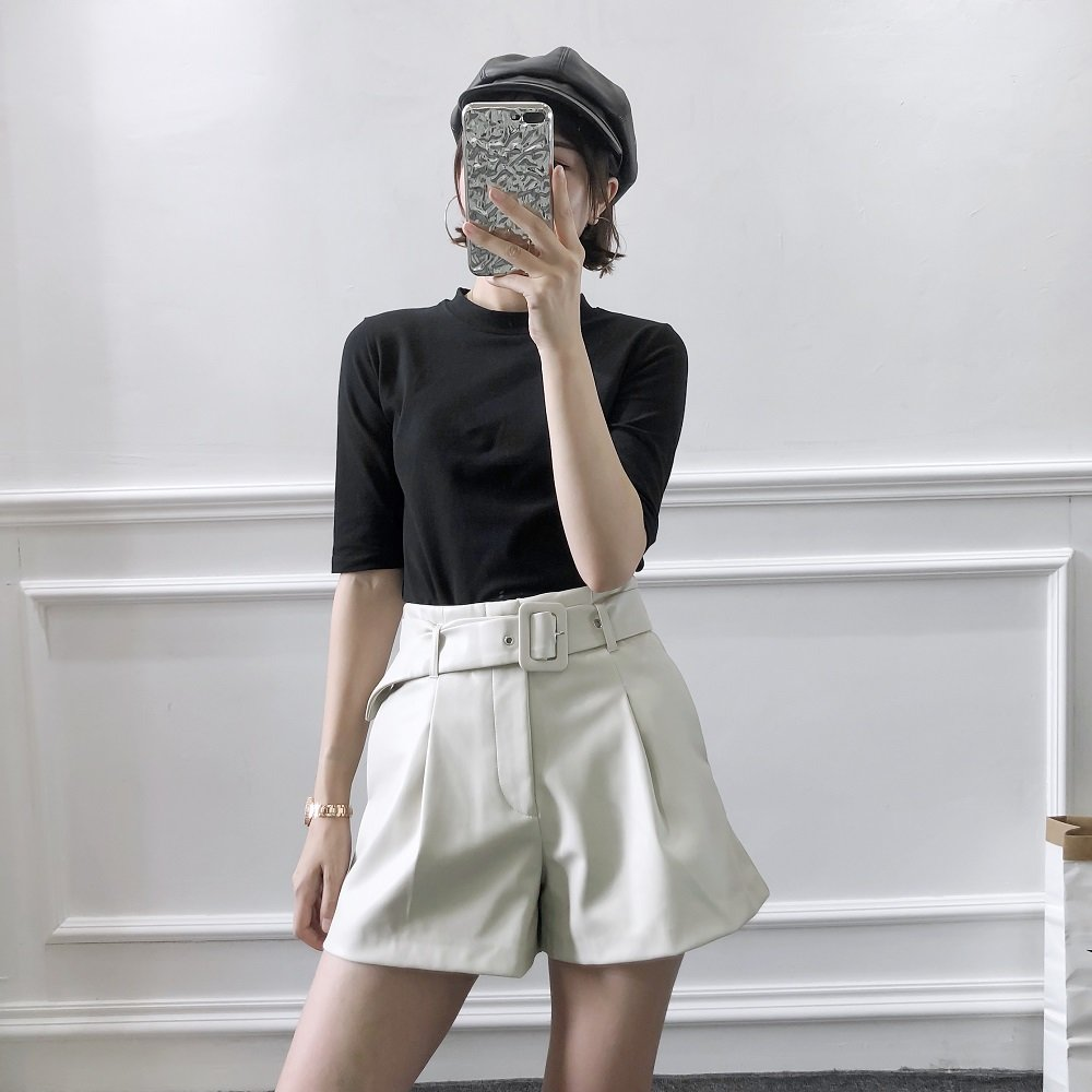 2019 Autumn Women's New Faux Leather Belt Simple Wide Leg Shorts Fashion High Waist Casual Shorts