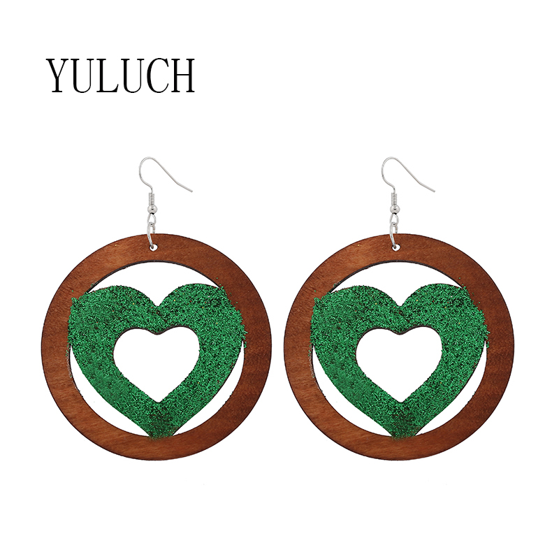 Natural wood woman round hollow earrings Glitter heart-shaped