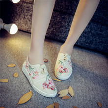 New Flowers Chinese Old Peking Spring Shoes Women Casual Hemp Cotton Flower Auger Embroidery Shoes Size 34 43