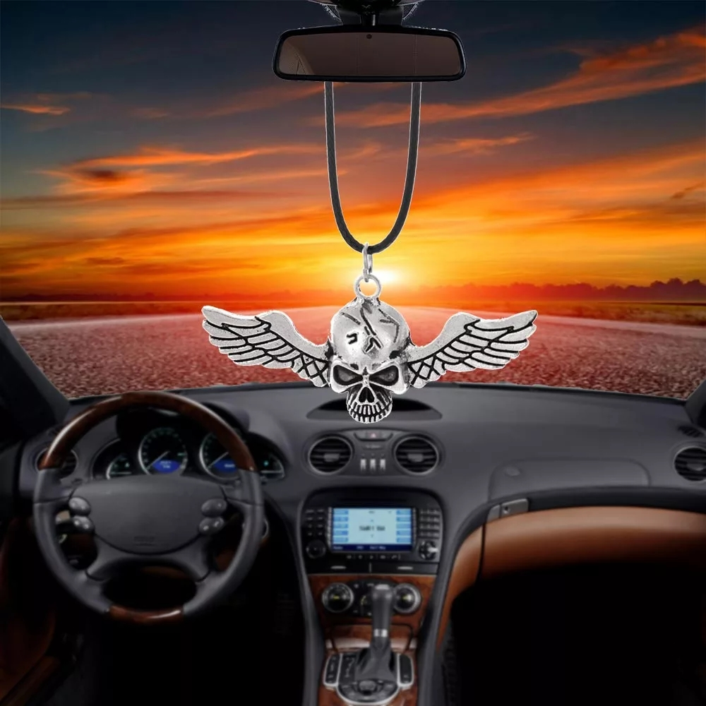Auto Ornaments Car Pendant Ghost Rider Fly Wings Skull Interior Rearview Mirror Decoration Hanging Decor Hip-hop Car Accessories