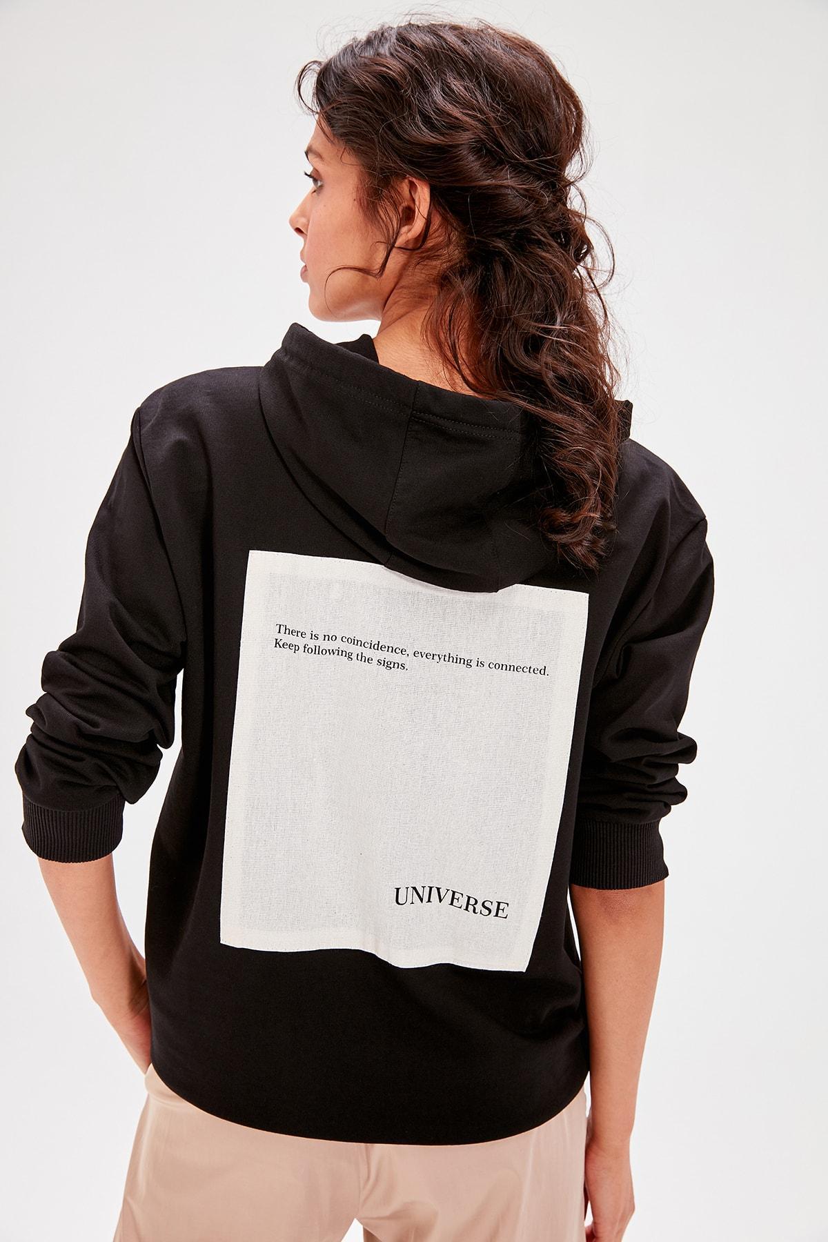 Trendyol Black Back Printed Knitted Sweatshirt TWOAW20SW0054