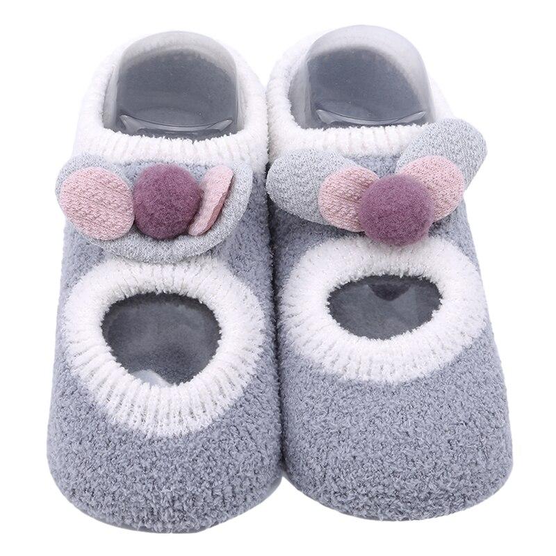 Хлопковые носки для малышей с героями мультфильмов; мягкие носки для маленьких девочек; нескользящие теплые домашние носки-тапочки для