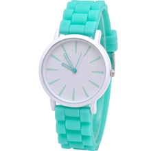 Casual Silicone quartz watch women ladies fashion bracelt wrist