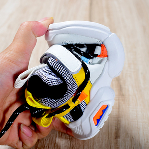 Image 5 - 2020 ילדים חדשים נעלי פעוט בנות ילד סניקרס תחרה עד עיצוב רשת לנשימה ילדי טניס אופנה קטן תינוק נעליים