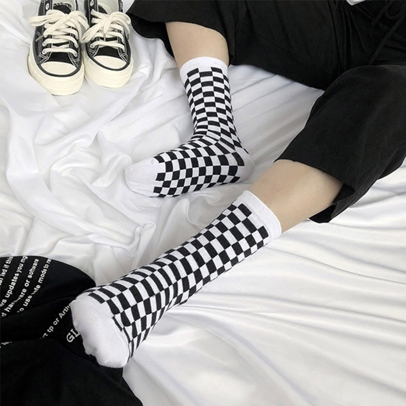 Korea Funky Checkerboard Harajuku Trend Spring Socks Unisex Geometric Checkered Socks Men Hip Hop Cotton Streetwear Novelty Sock