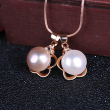Natural freshwater pearl inlaid 925 sterling silver pendant ladies clavicle chain sleek minimalist necklace jewelry gift