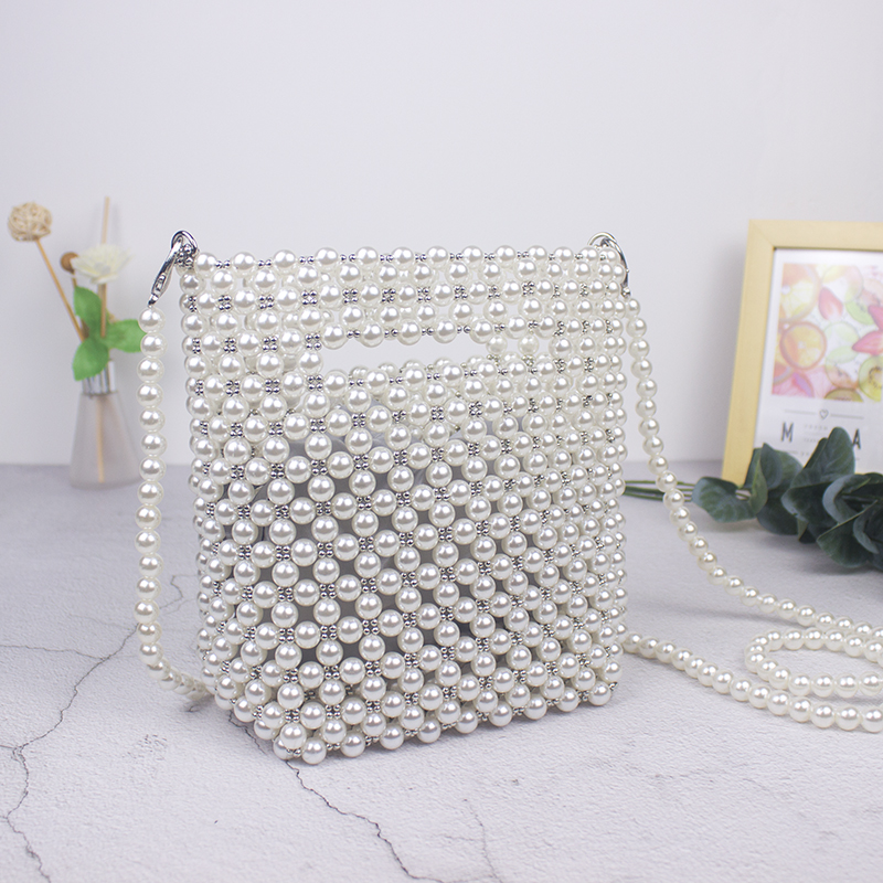 Brand Designer Handbags Handmade Beaded Retro Pearl Bag Woven Mini Female Diagonal Mobile Phone Bag New Evening Bag Clutch Bag