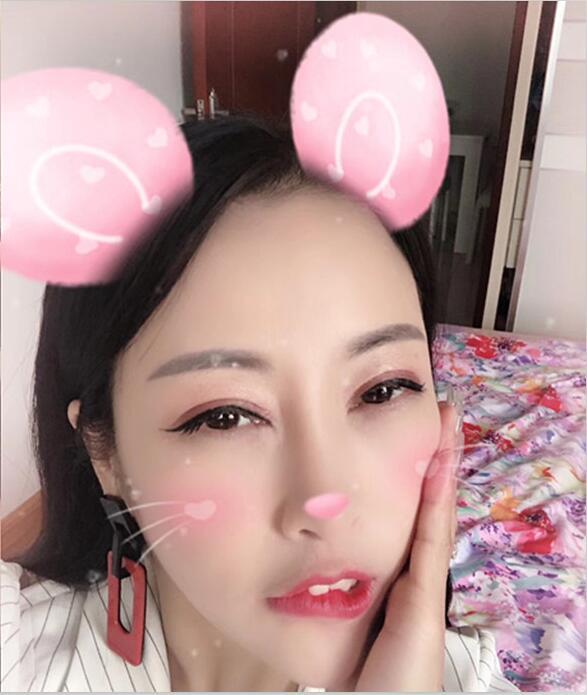 广州白富美人称小龙女-女神七夕视频[1V/315MB]