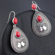 Boho Ethnic Vintage Hanging Earrings For Women Indian Tribal Personality Dangle Drop Earrings Red Beads Resin Stone Ear Jewelry