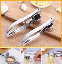 Garlic Crusher Press Kitchen Round Extrusion Tool Stainless Steel Garlic Presses Fruit and Vegetable Kitchen Cooking Tools high quality multifunctional kitchen tool vegetable shredders stainless steel garlic presses