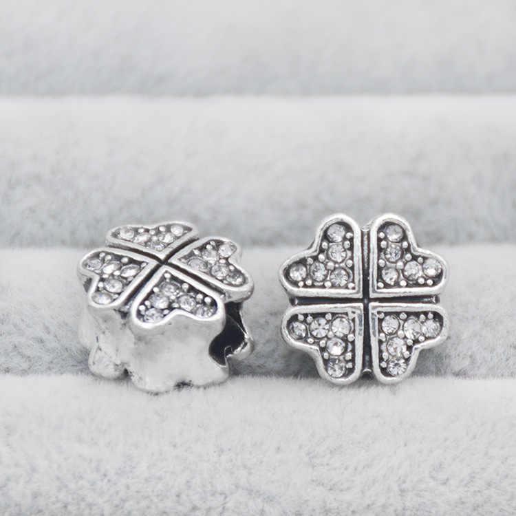 Accesorios al por mayor Pan Multi-Dora aleación chapada blanco K con trébol de diamantes hecho a mano gran agujero pulseras pulsera de cuentas