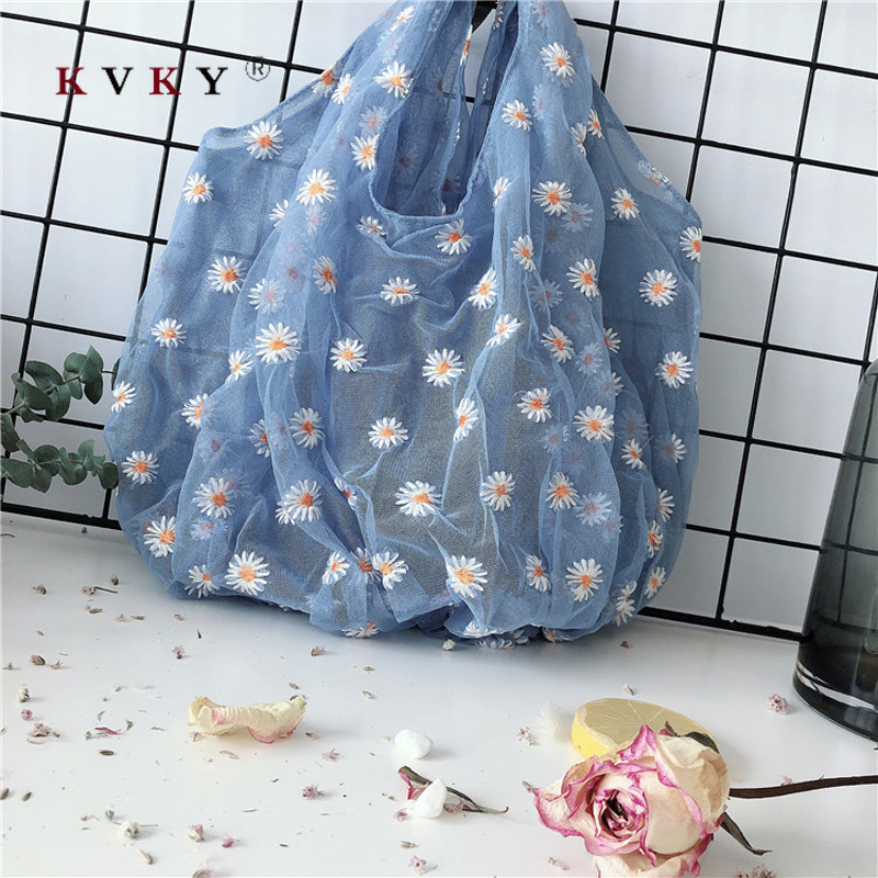 2020 Spring New Women Handbags Fresh Western Style Daisy Embroidery Tulle Bag Female Underarm Bags Reusable Shopping Eco Bag