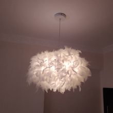 Modern Luxury Feather Droplight Romantic Hanging Dome Lamp Lamparas Pendant Luminaria Chandelier For Living Room Bedroom gentelway feather chandelier led nordic creative pendant lamp fashion art ceiling droplight romantic wedding decoration lighting
