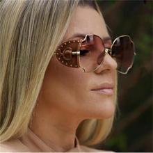 Red Frame Steampunk Sunglasses Unisex Leather Metal Irregular Big Sun Glasses Designer Shades ladies Fashion Glasses Tinted Lens