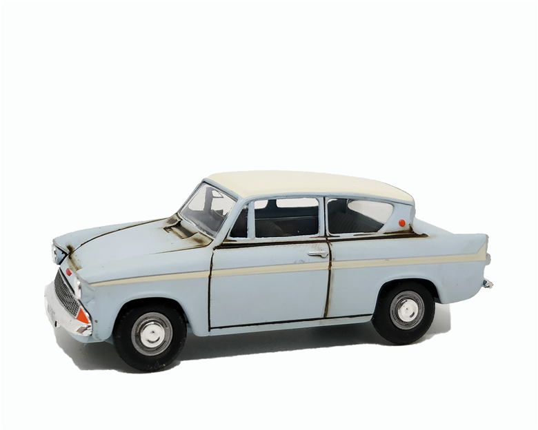 1:43 Vanguards Ford Anglia Rust Pale Blue White Top No Box