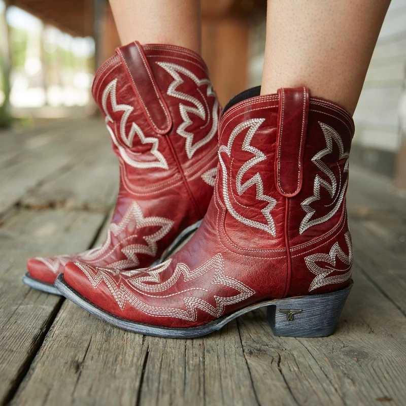التطريز بوتاس موهير فو الجلود كاوبوي حذاء من الجلد للنساء إسفين أحذية عالية الكعب ثعبان طباعة الغربية راعية البقر الأحذية 2020