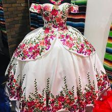 Vestidos florales satinados de 15 años, vestido para quinceañeras bordadas con volumen y hombros descubiertos, vestidos largos para baile de graduación, 2019