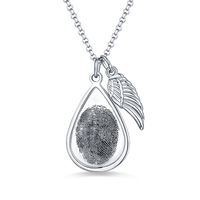 Sweey Dropshipping Custom Teardrop Fingerprint Necklace with Angel Wing Personalized Engraved Fingerprint Necklace in Silver