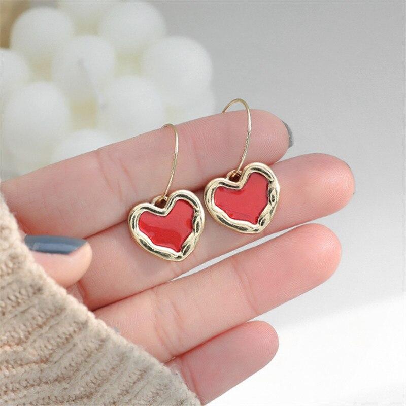 Cute Romantic Red Heart Earrings Female Temperament Korea Simple Small Heart-shaped Celebrity Joker Ear Ring Earrings For Women