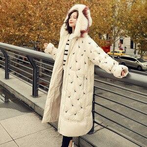 Image 5 - 100% piume danatra bianca giacca femminile modelli di esplosione di inverno di volpe naturale grande collo di pelliccia lungo tratto di spessore donna down jacket