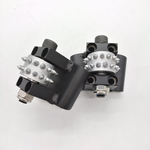 30 Pins Bush Hammer Roller With The HTC Connction