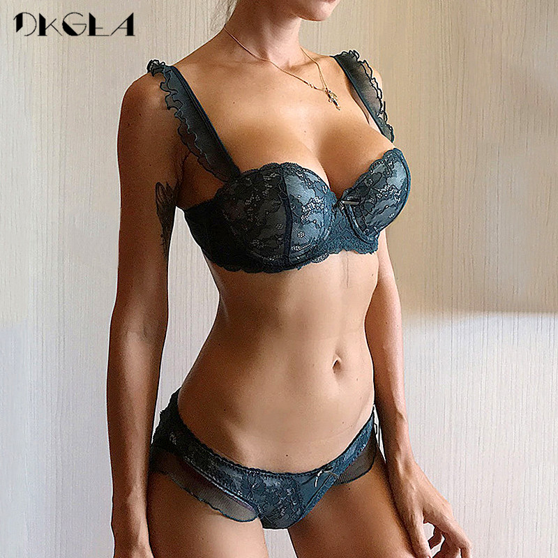 New Top Sexy Bra Panties Sets Lace Embroidery Lingerie Set Green Brassiere Deep V Push Up Bra Women Underwear Set Cotton 3/4 Cup