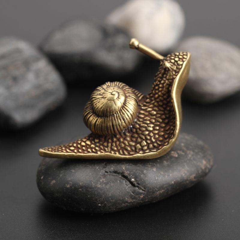 Personality Retro Pure Copper Mini Snail Statue Ornaments Desk Antique Brass Tea font b Pet b
