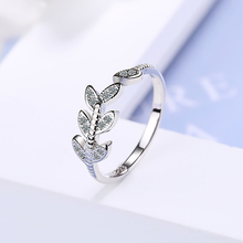 цена на New Simple Style Leaf Rings for Women Female Fashion Luxury 925 Sterling Silver Open Adjustable Ring Silver 925 Jewelry Gift