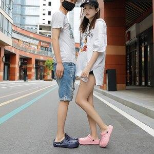 Image 3 - 2020 New Sandals Men Square Hole Couple Sandals Summer Flip flops Breathable Beach Shoes Comfortable Men and Women Shoes