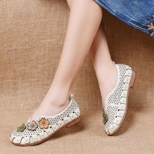 2021 Newest Retro Style Girls White Genuine Leather Shoes Hollow Embroider Flower Womans Flats Women Comfy Oxford Flats