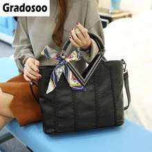 Gradosoo Scarves Big Tote Bags Women Handbags Diamond Large Shoulder Crossbody Bag For Vintage Messenger Female HMB632