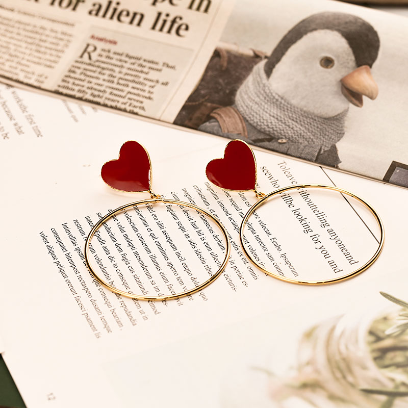 H731f07ec146d4709a08a1972d4493db2Y - 2019 New Red Heart Big Gold Loop Dangle Earrings For Women Lady's Chic Heart Love Earring For Party Jewelry Gift