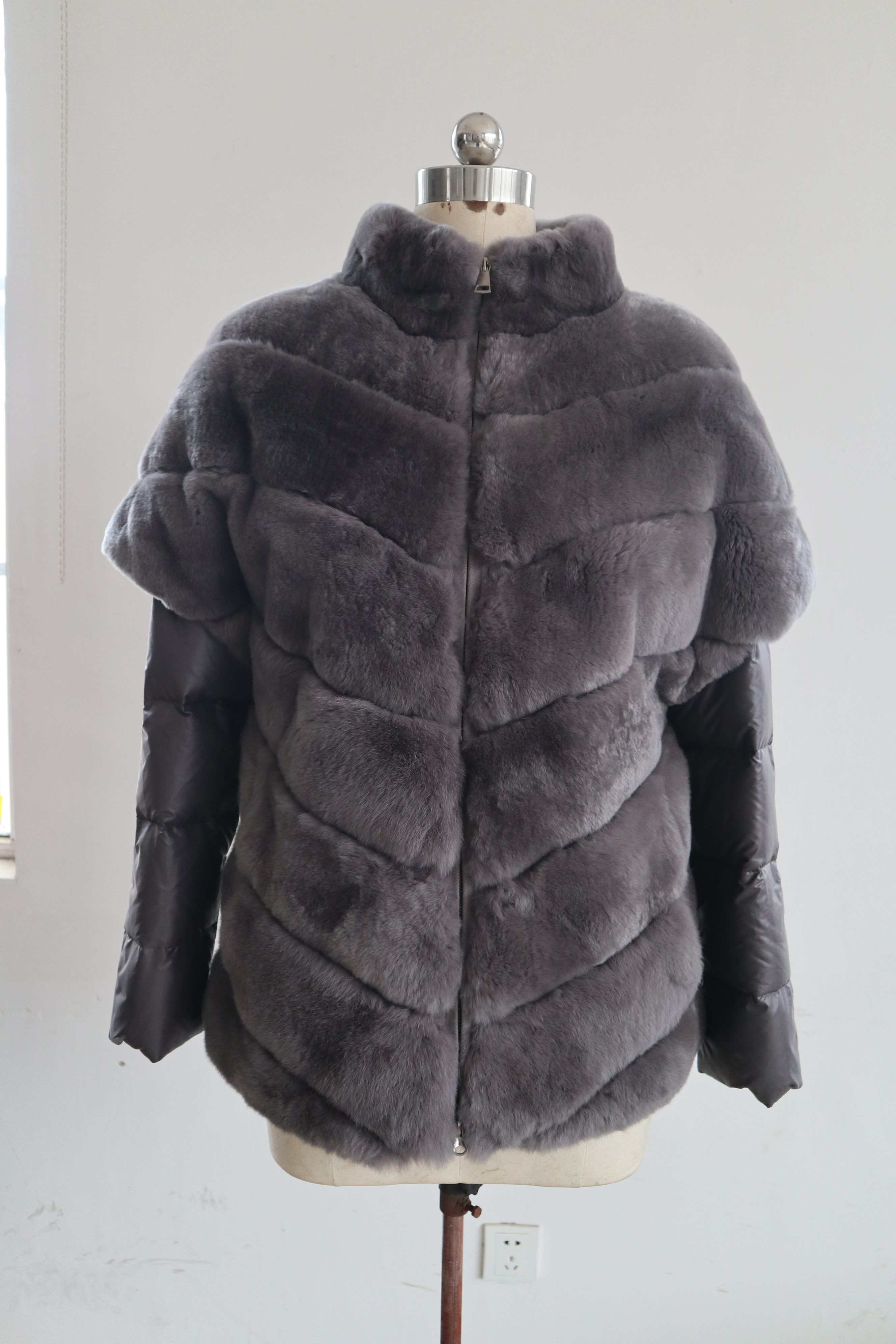 Down-Jacket Comfortable Black Rabbit New Warm And Fashion title=