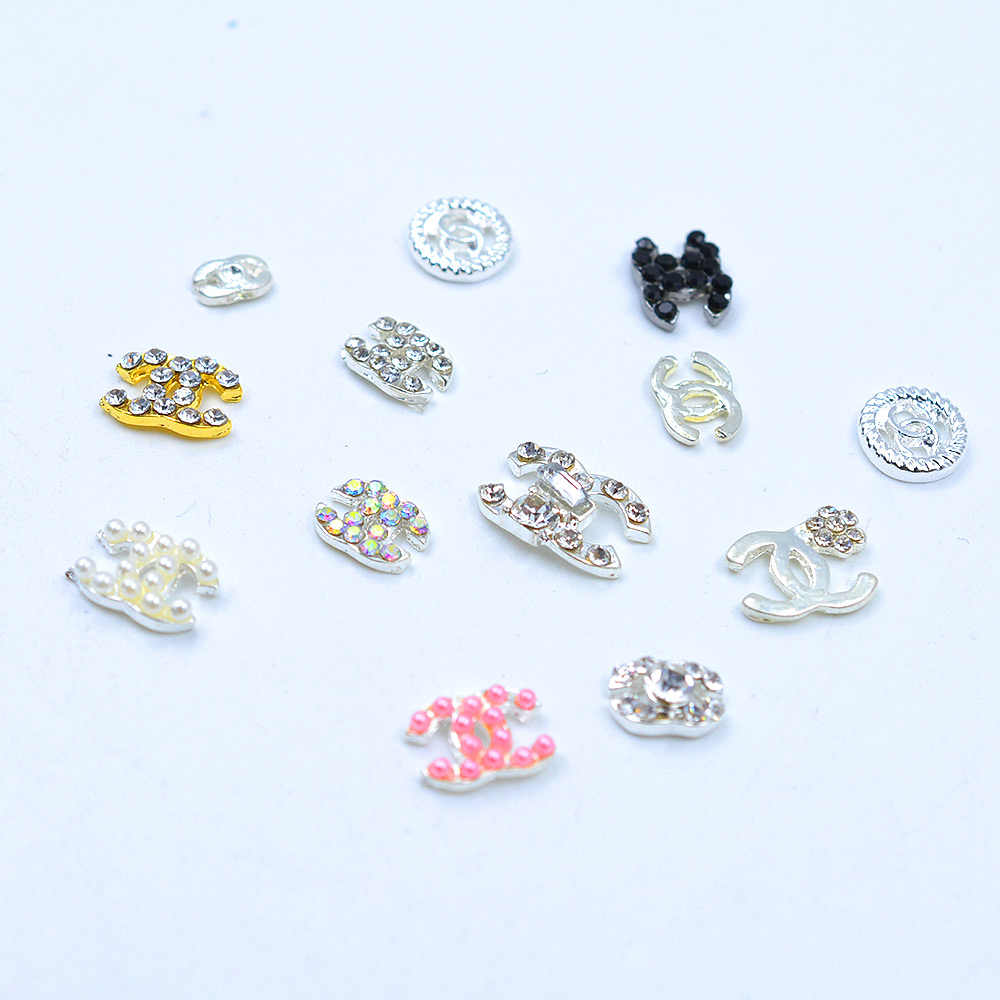 10pcs/pack DIY Charm Alloy Brand Name Fingernail Decoration 3D Logo Manicure Accessories
