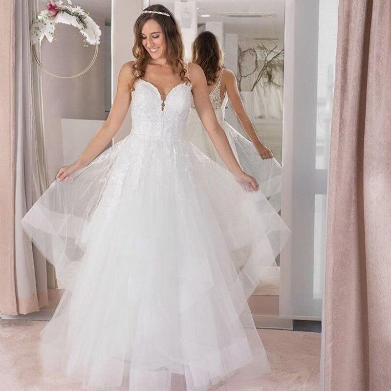 Spaghetti Straps A-line Wedding Dress Tiered Skirt Backless Appliques Sweep Train Plus Size Wedding Gowns Vestidos De Novia